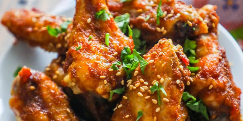 Sweet and Spicy Crispy Baked Chicken Wings